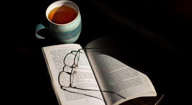 Що читати для покращення настрою